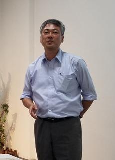 三橋龍一教授A.jpg