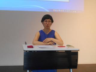 eSRUで講義中の田村美香さんA.jpg